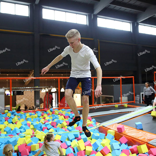 How To Buy Indoor Trampoline Equipment? What Factors Affect It?
