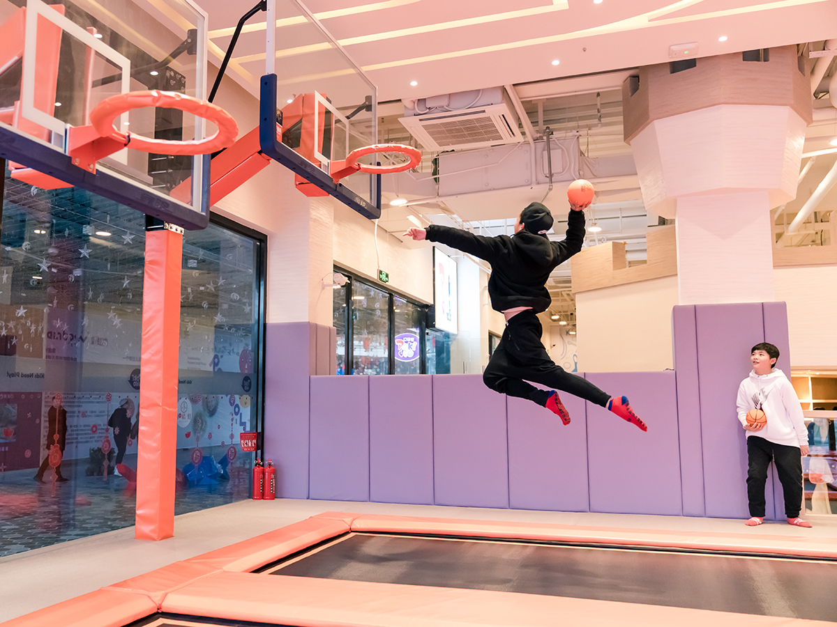 What Games Are Included in Trampoline Park (3)